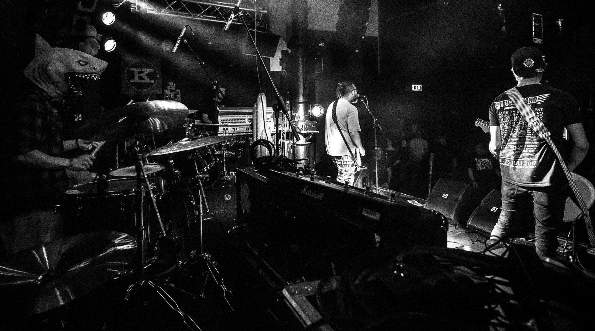 About Blank – Feinster Pop Punk Alternative aus Hamburg.